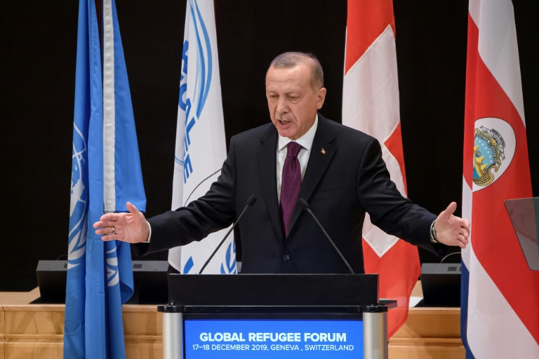 Turkey cannot handle new Syria refugee flow alone: Erdogan