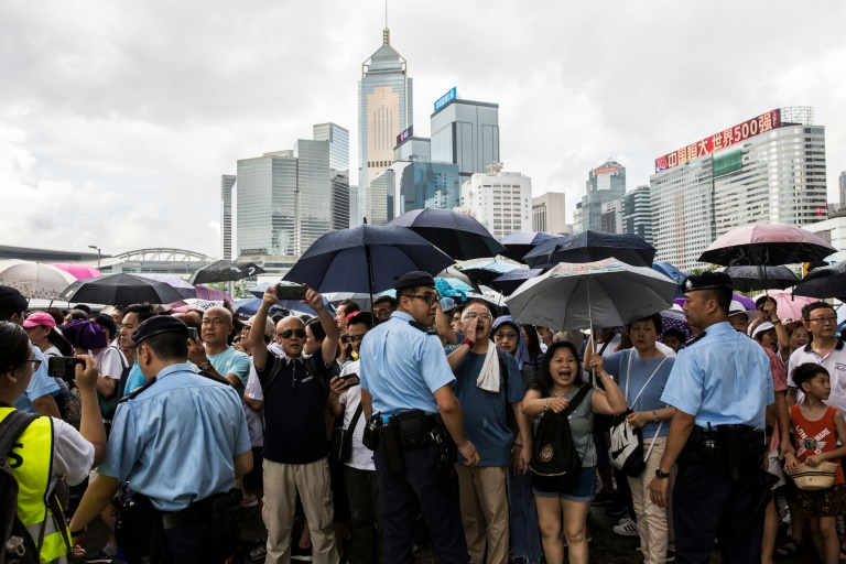 Confrontations after rally to support Hong Kong police