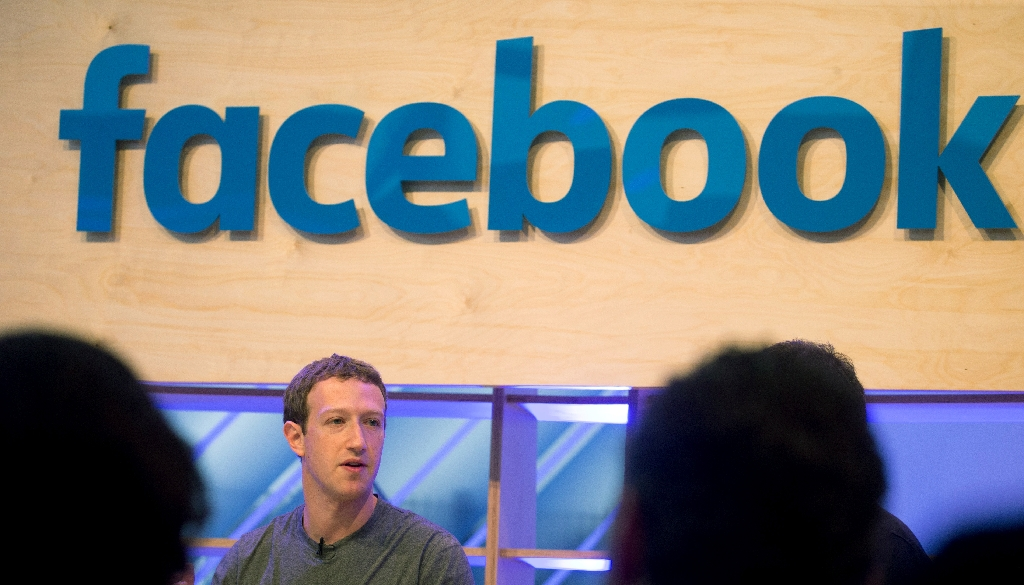Huge quarter for Facebook lifts shares