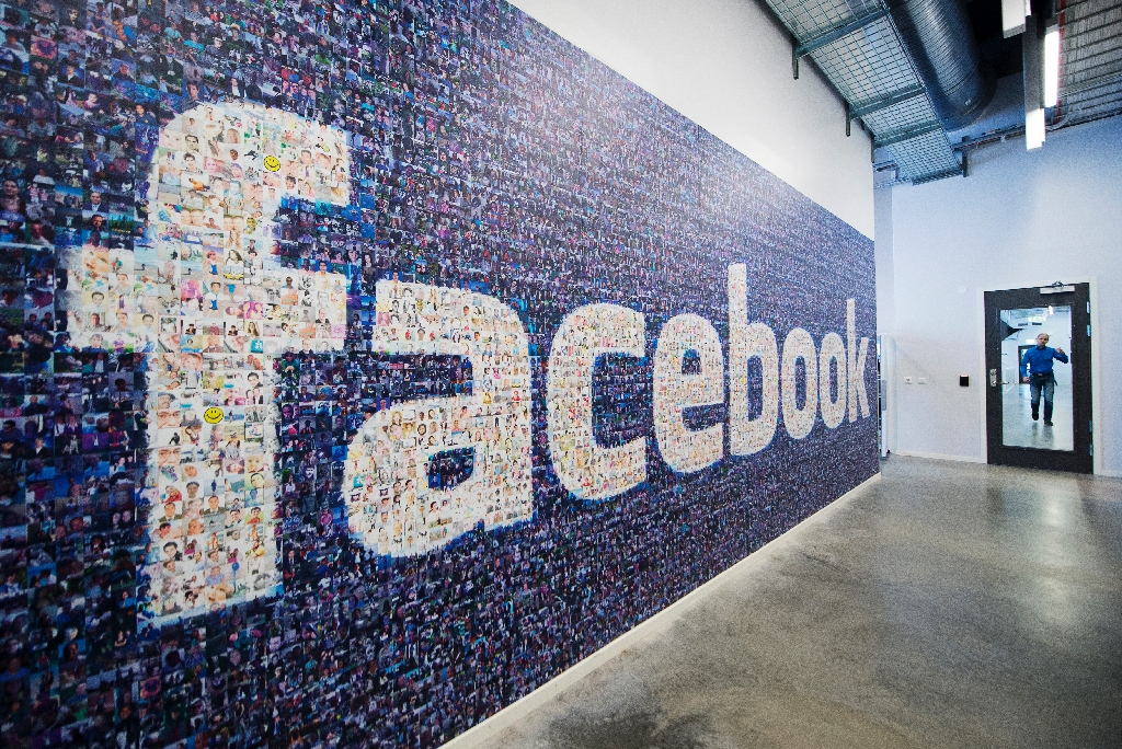 Facebook sues lawyers over 'scam' lawsuit for stake