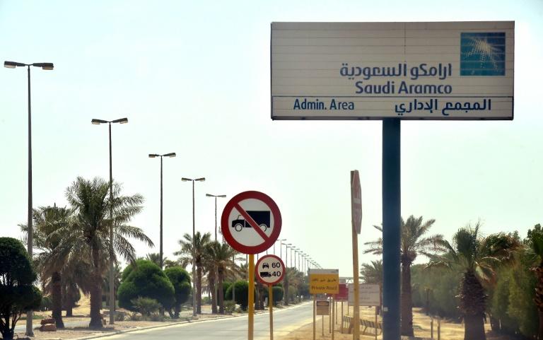 Yemen rebels threaten new attacks on Saudi oil sites