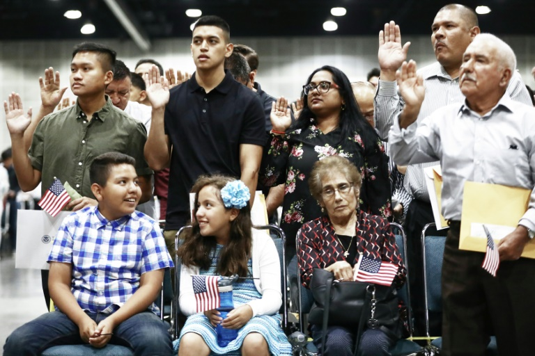 US says will deny citizenship to immigrants who use public benefits
