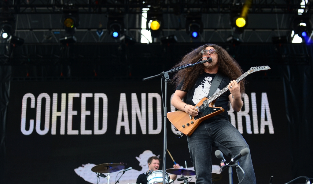 Now fathers, sci-fi rockers Coheed and Cambria land on Earth