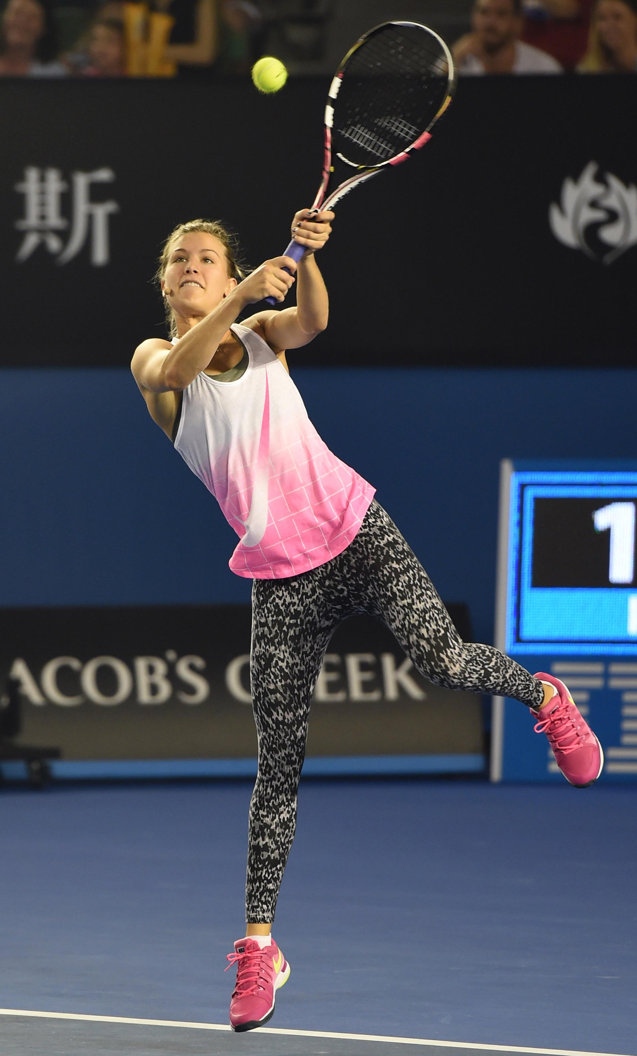 Tennis - Bouchard imposes Grand Slam Twitter ban