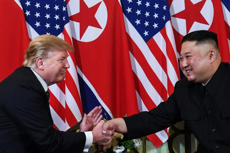 Trump heads for DMZ after inviting Kim to Say hello