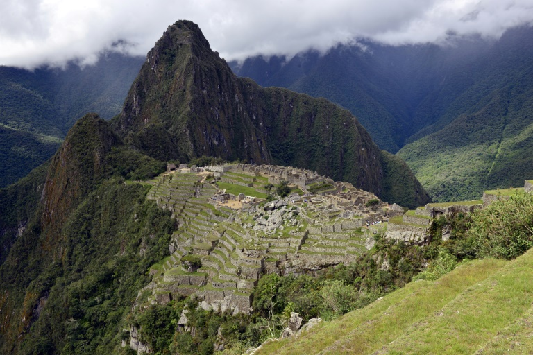 Six tourists arrested after feces found in sacred Machu Picchu area