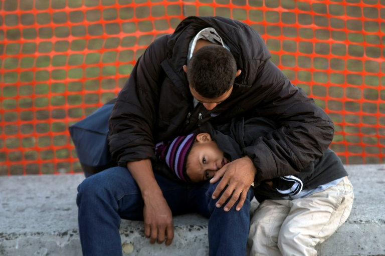 US and El Salvador sign agreement on asylum to curb migration