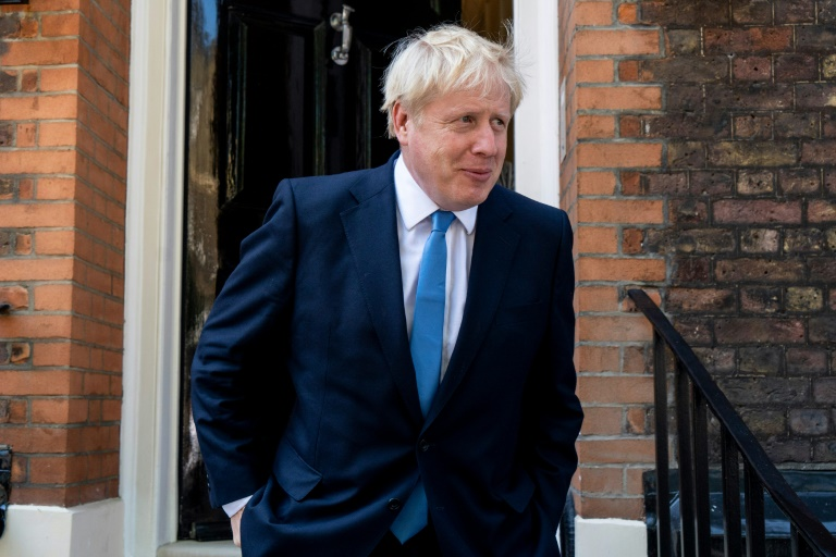 Johnson tells EU he wants Brexit deal but without backstop