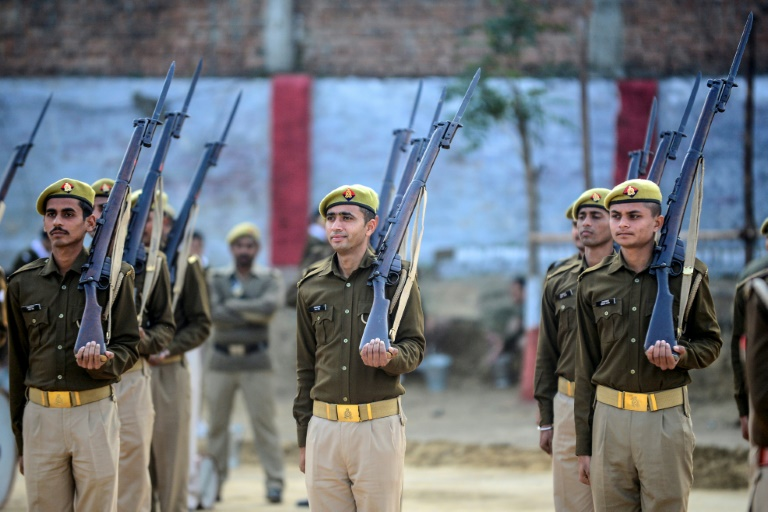 India police decommission historic British-era rifles
