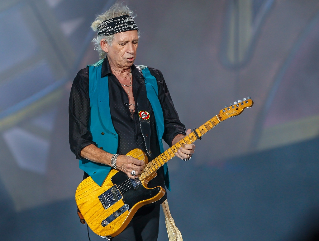 Keith Richards belittles rap, metal