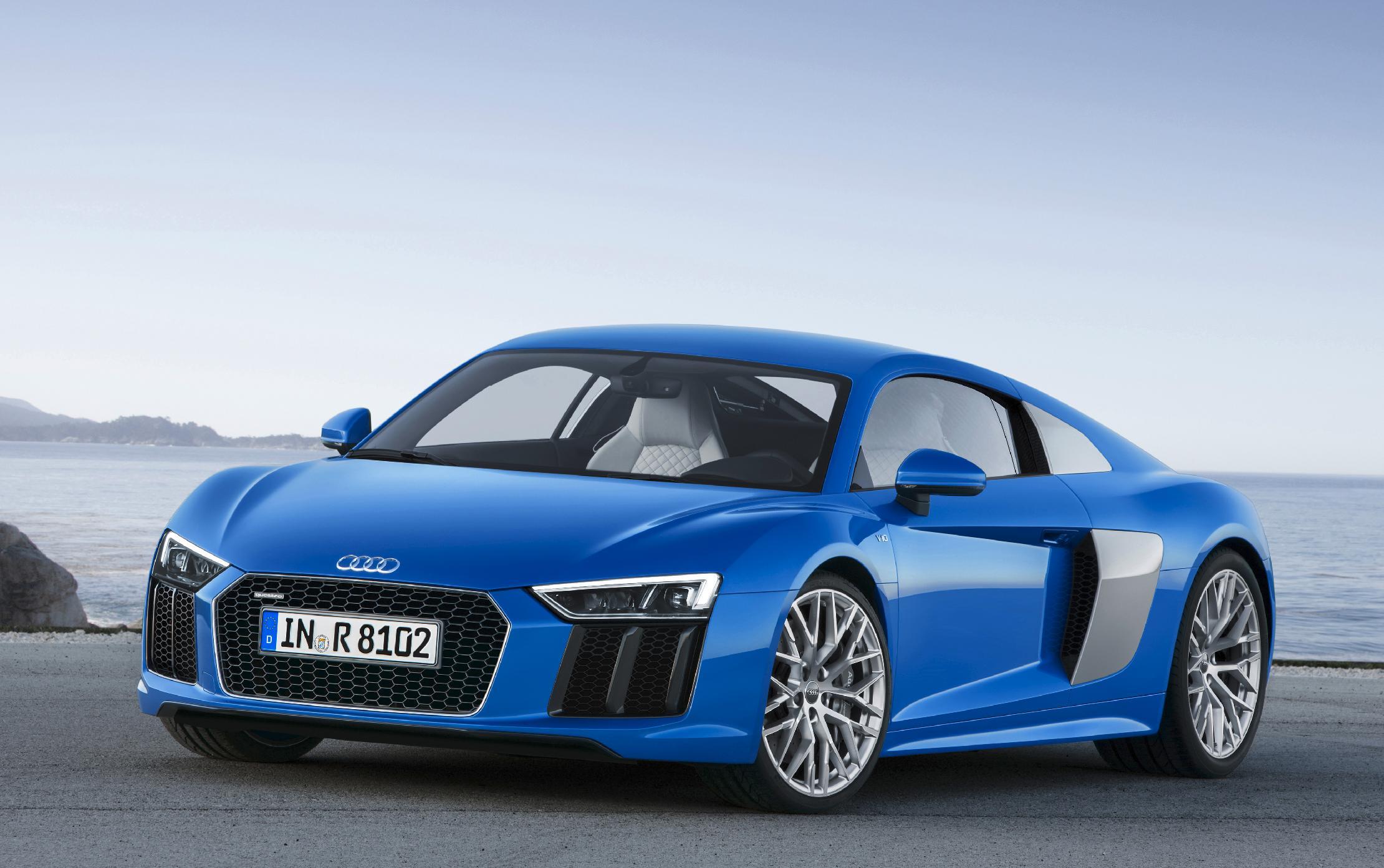 Small SUVs, pricey sports cars dominate at Geneva auto show