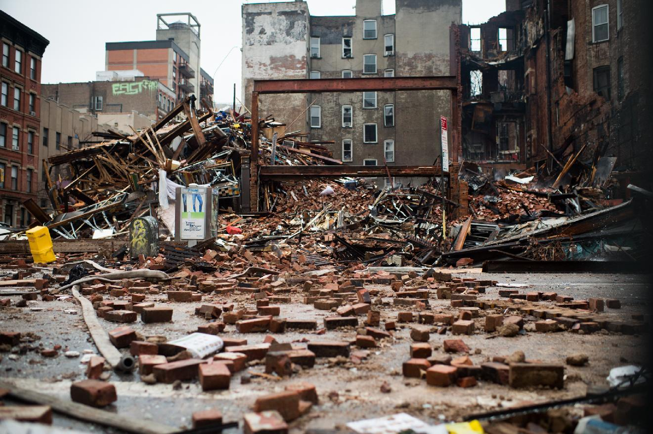 Painstaking search continues after NYC blast, but hope dims