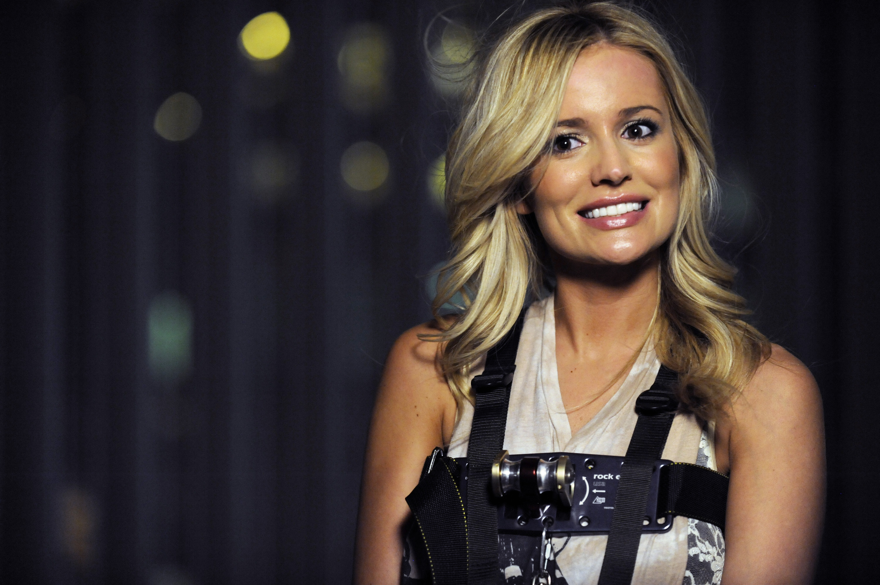 'The Bachelorette' Recap: Emily Maynard Reacts to Arie's Past Relationship With Producer ... Sort Of