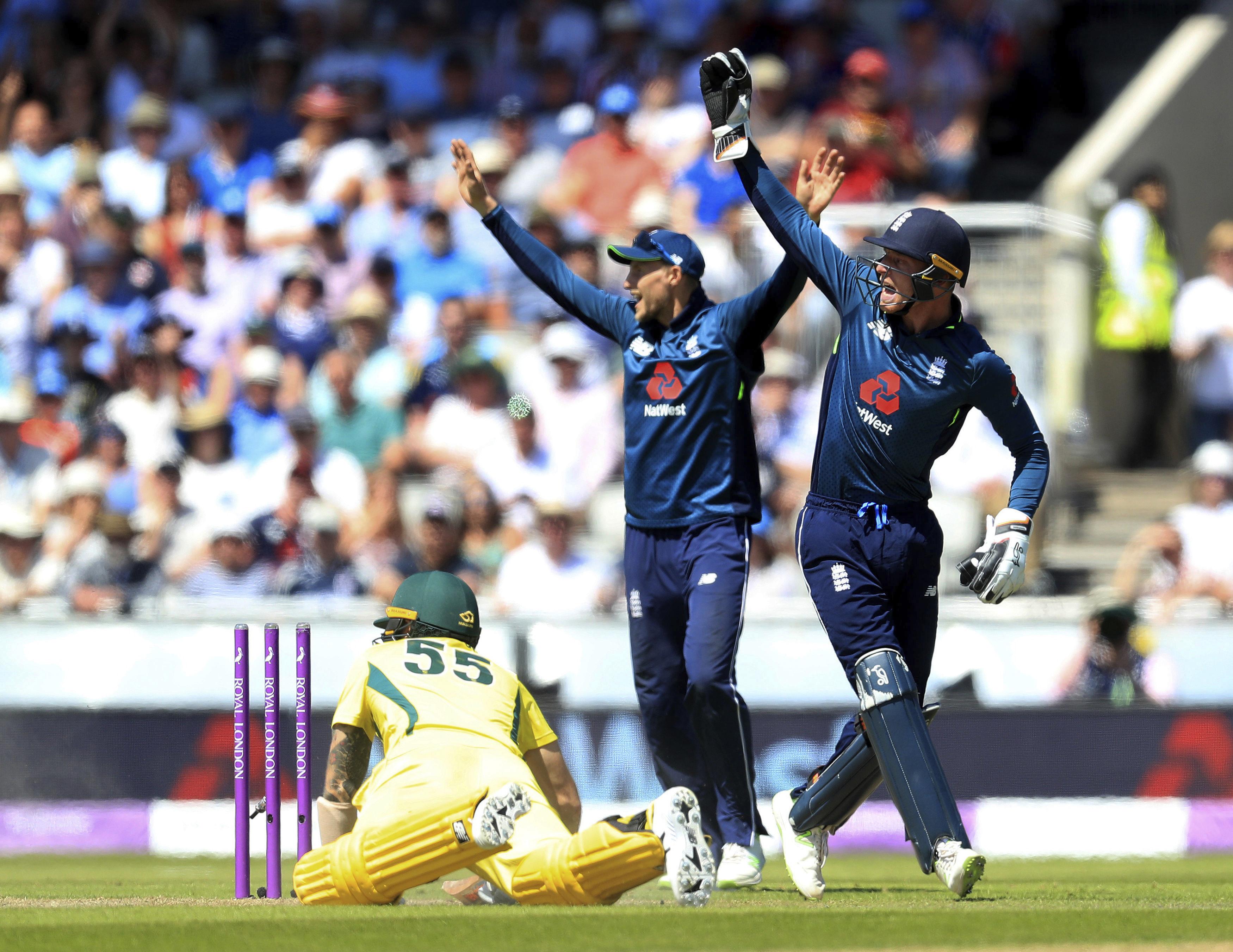 इंग्लैंड 5-0 से सीरिज जीत