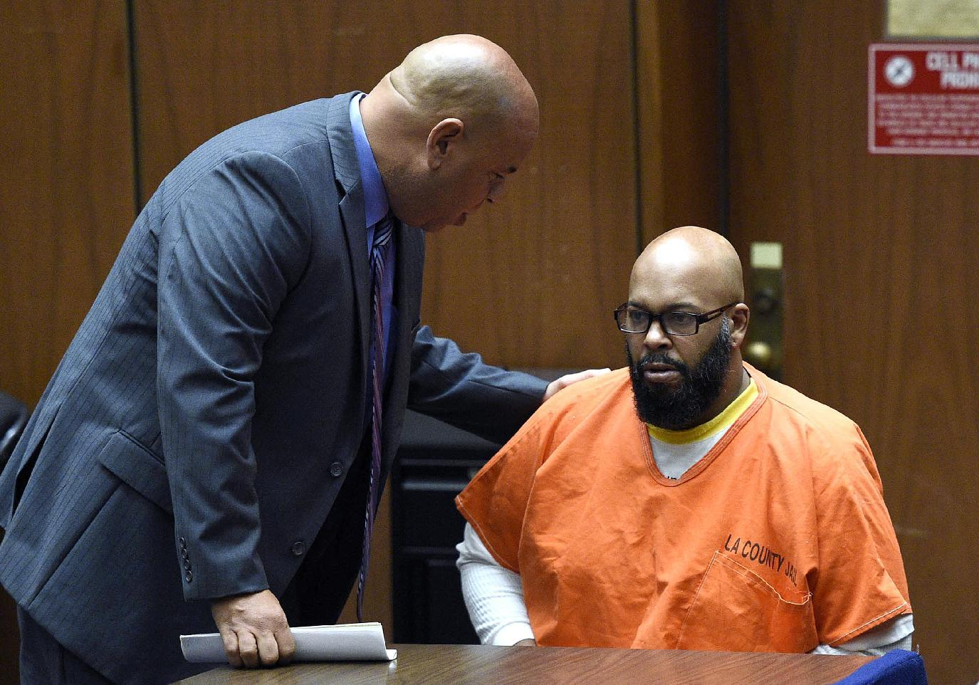 Suge Knight returns to court to try to dismiss murder case