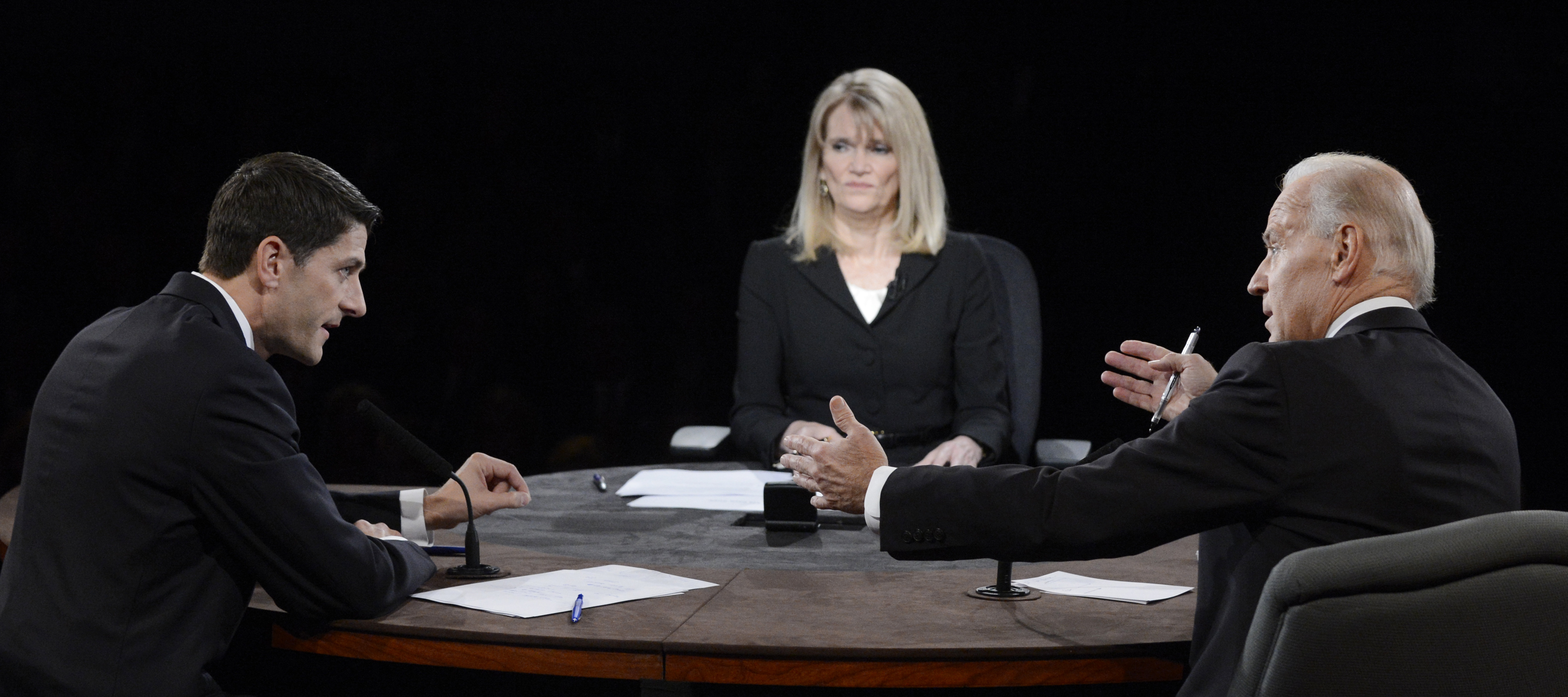 (AP Photo/Pool-Michael Reynolds) Martha Raddatz moderates the vice presidential debate.