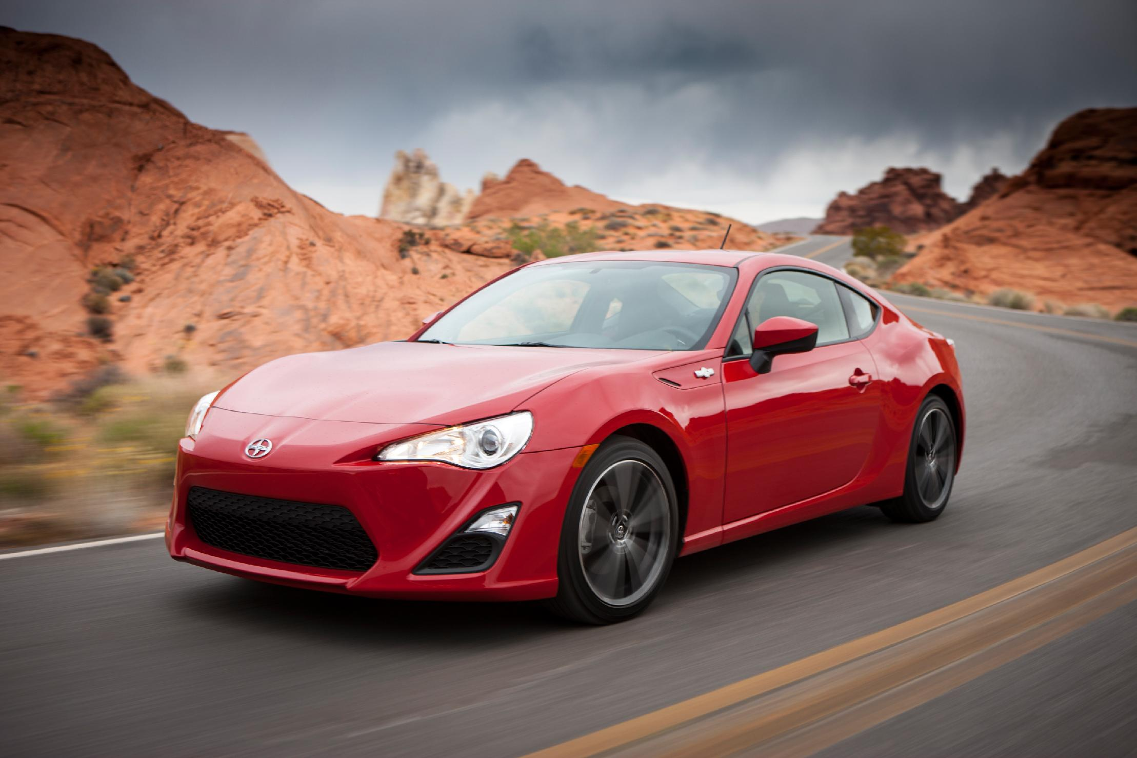 5 cars that are perfect for new college grads