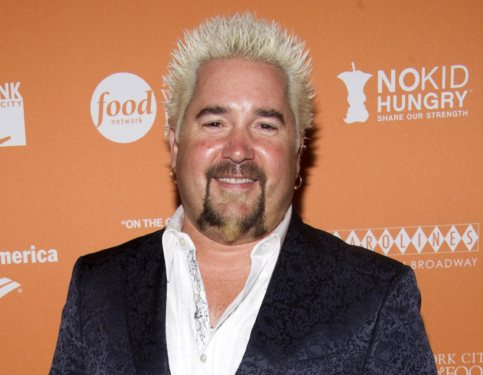 POPsessions: Guy Fieri Shares His Love of 'Caddyshack,' and the Awesome Birthday Present He Got from Kenny Loggins