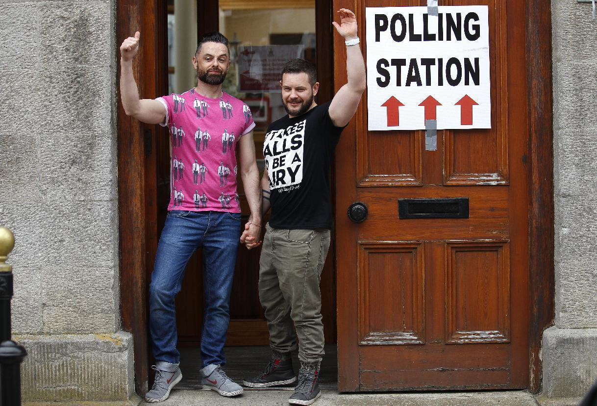 Both sides say Irish gay-marriage referedum wins resounding victory