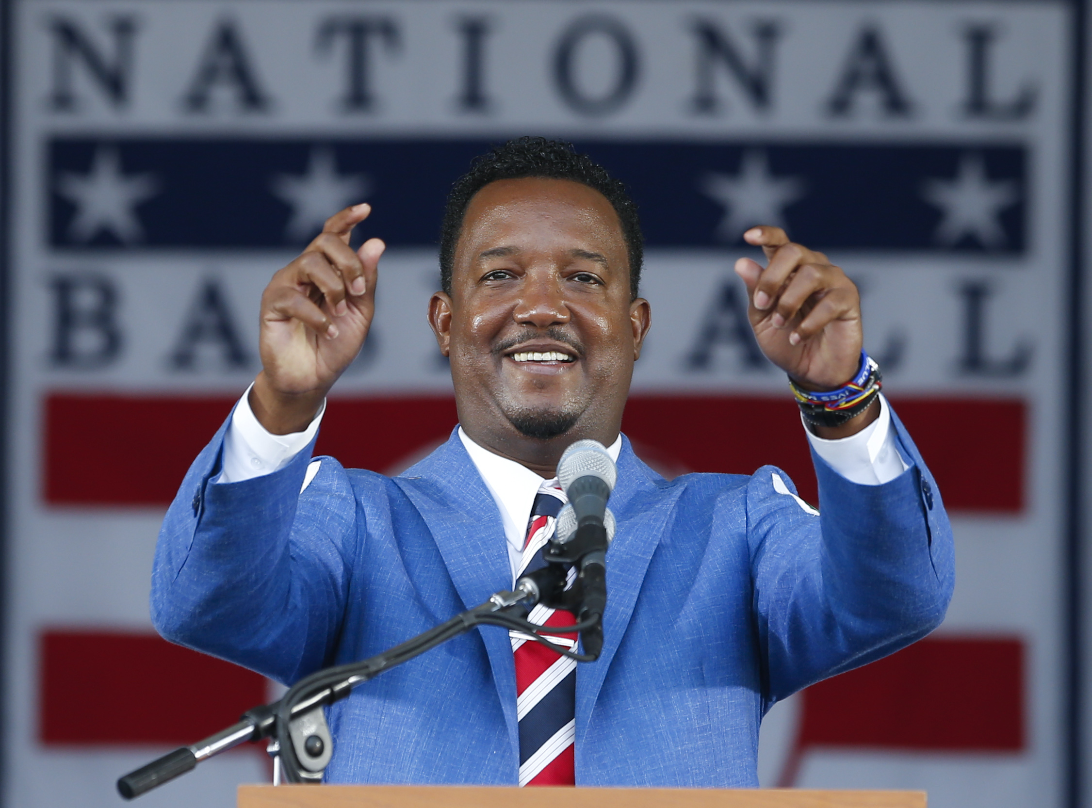 Pedro Martinez steals the show on Hall of Fame induction day