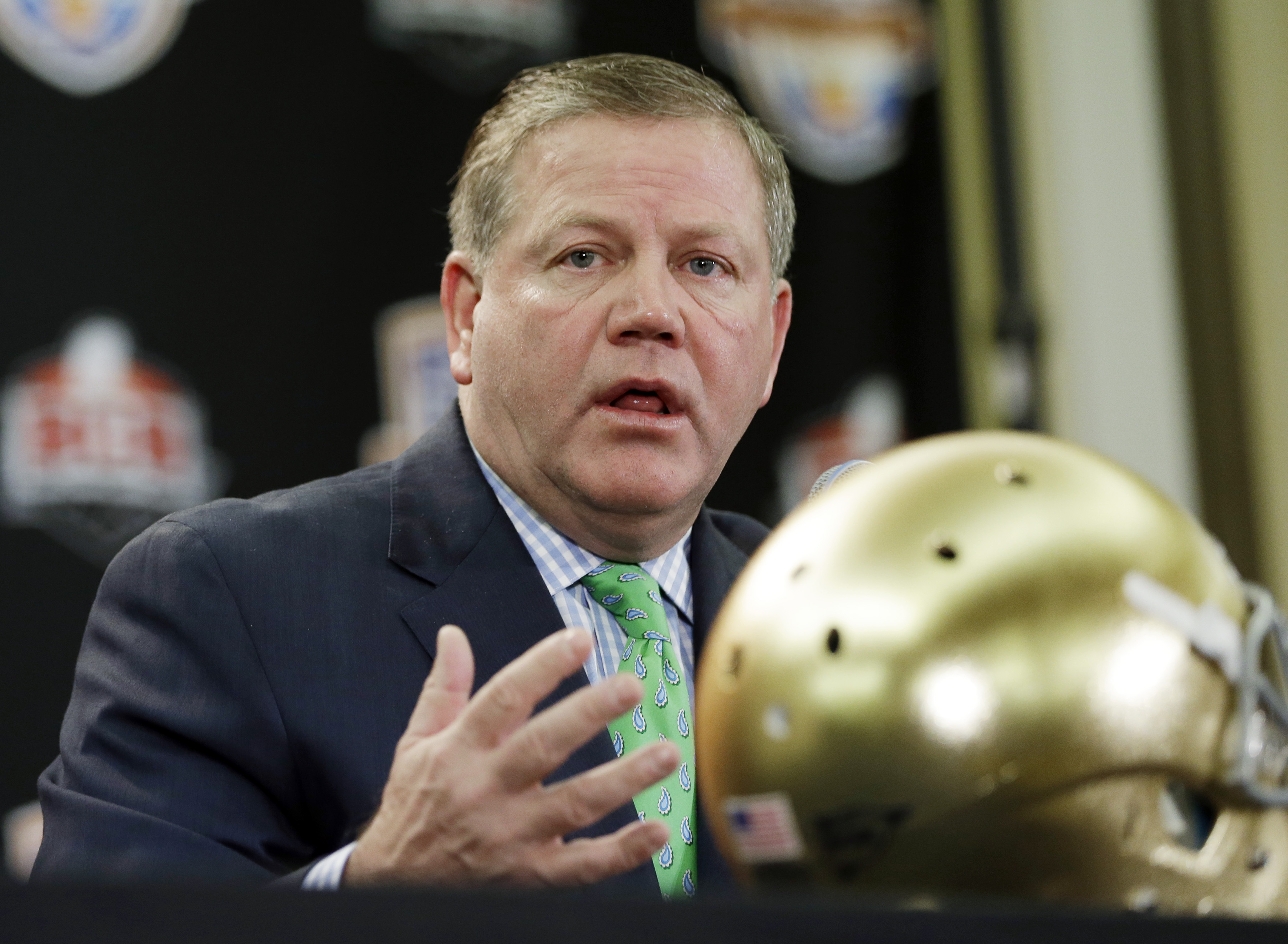 Brian Kelly interviewed with the Eagles, but opted to stay at Notre Dame. (AP)