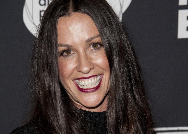 Alanis Morissette manager admits to $4.8M theft from singer