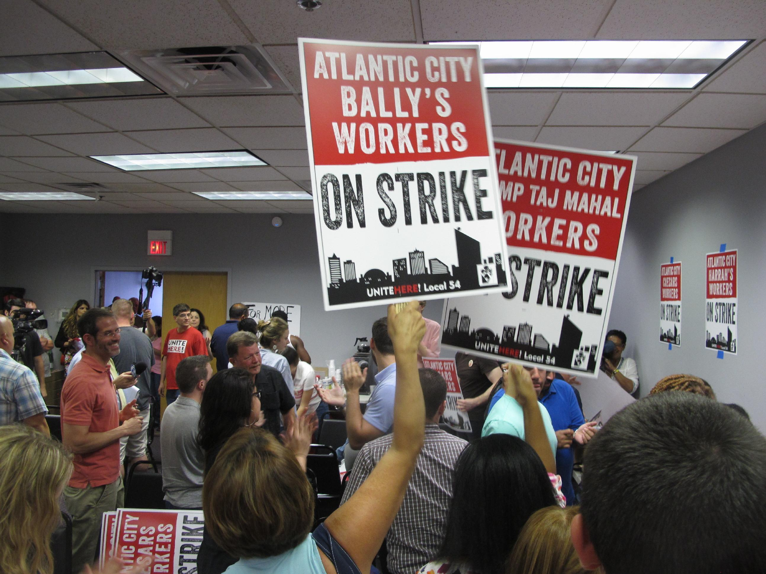 APNewsBreak: Union has deal with 4th Atlantic City casino