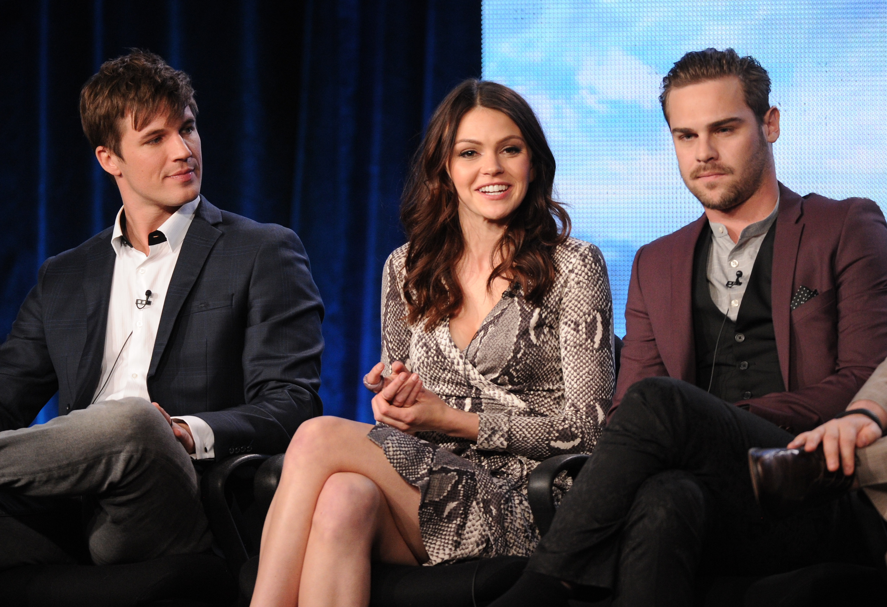 The swoon-worthy cast of The CW s  quot Star-Crossed quot  hit the Television    Grey Damon Star Crossed