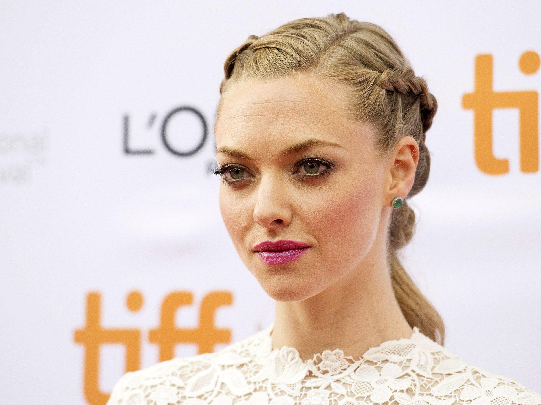 Amanda Seyfried replaces Tatiana Maslany off-Broadway