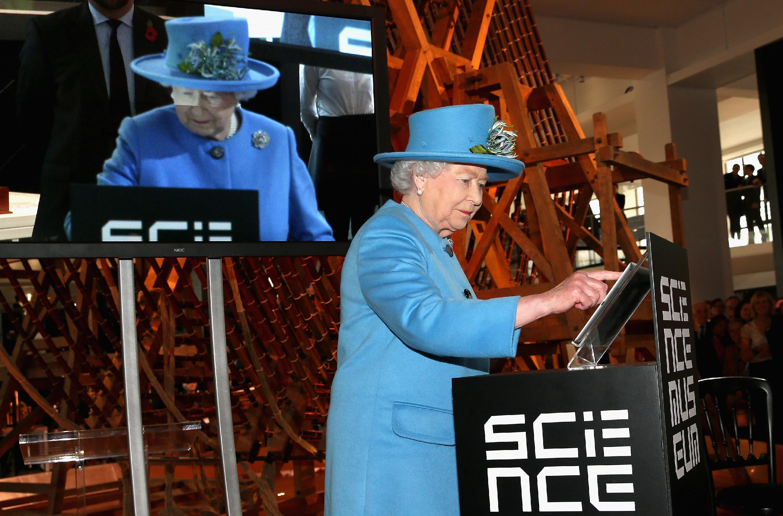 Queen sends her first tweet, signed 'Elizabeth R'