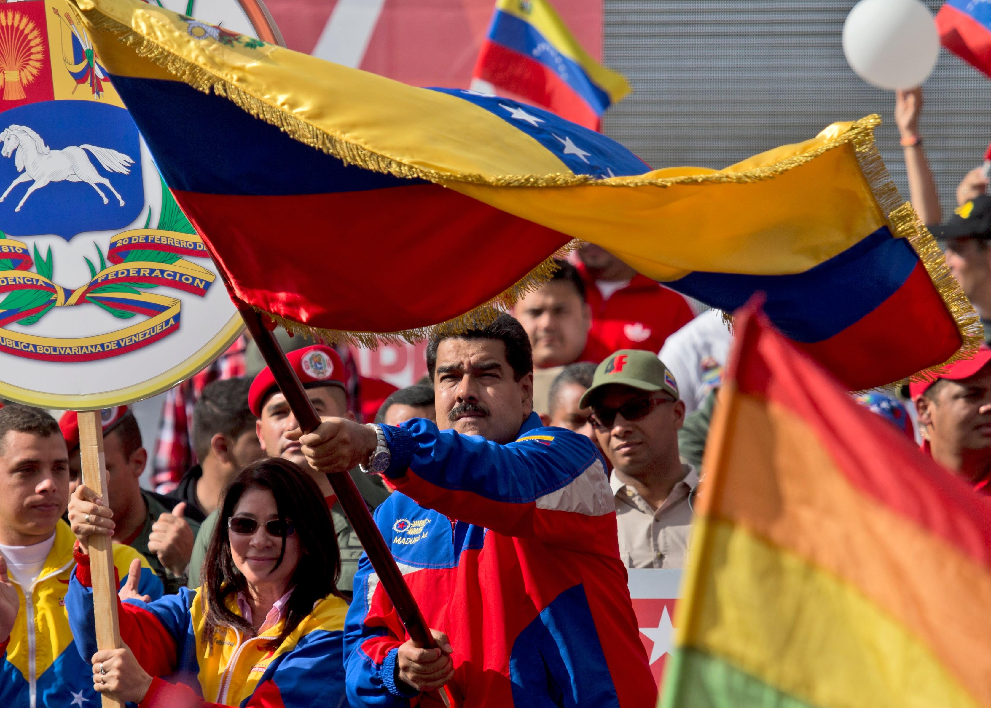Venezuela to shrink U.S. Embassy staff, require tourist visas