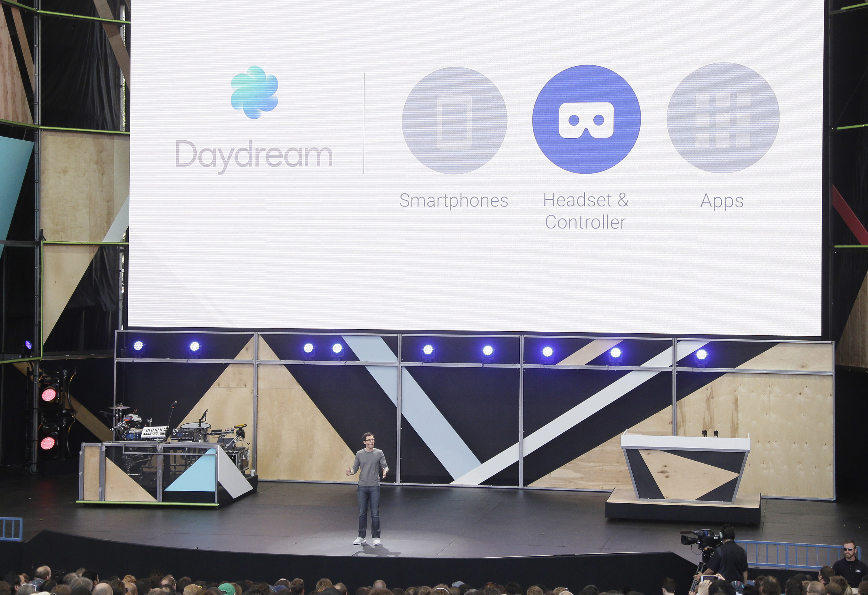 Google Daydream VR vision: With opportunity comes challenges