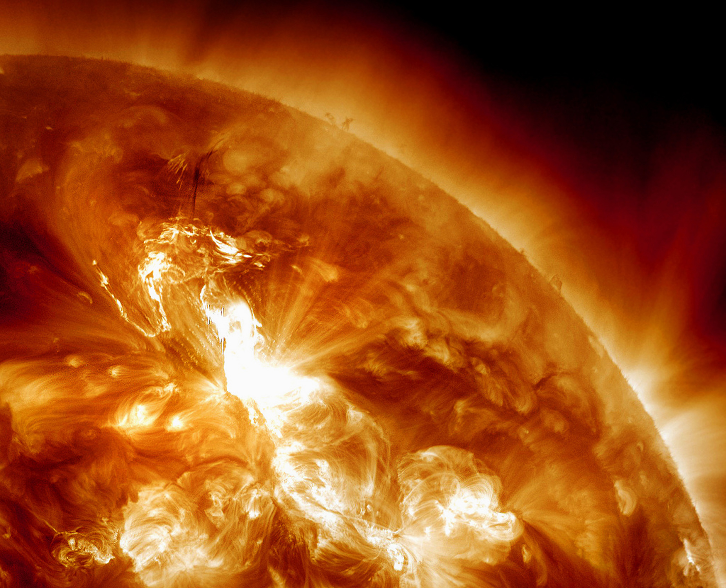 Biggest Solar Storm in Years Is Bombarding Earth Now