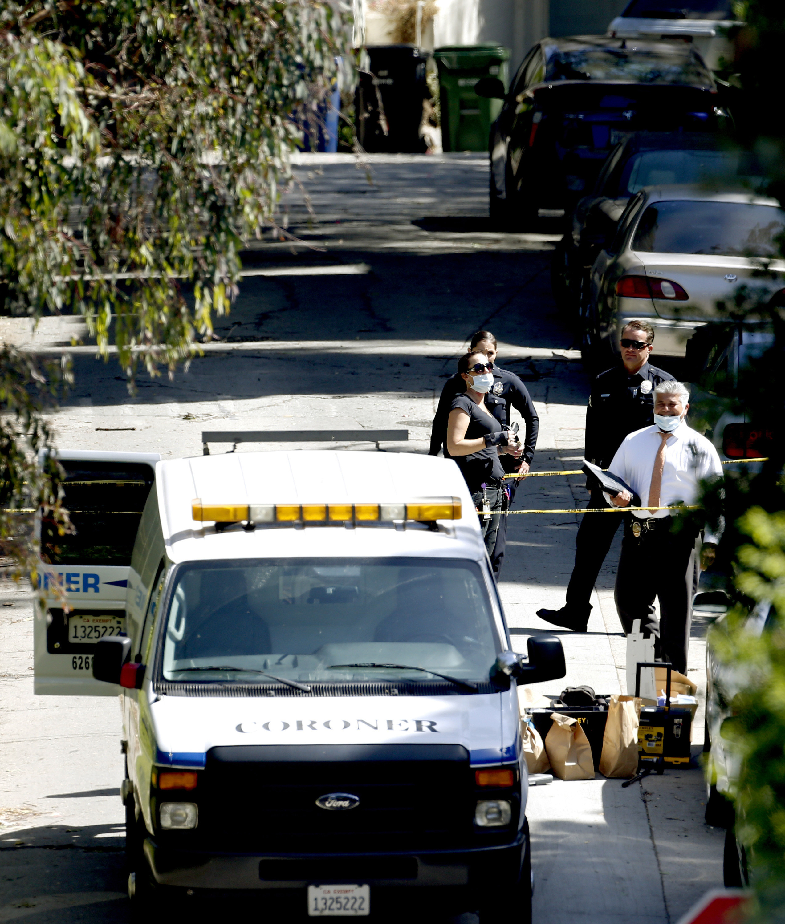 Police investigate killing of man at Hollywood Hills home