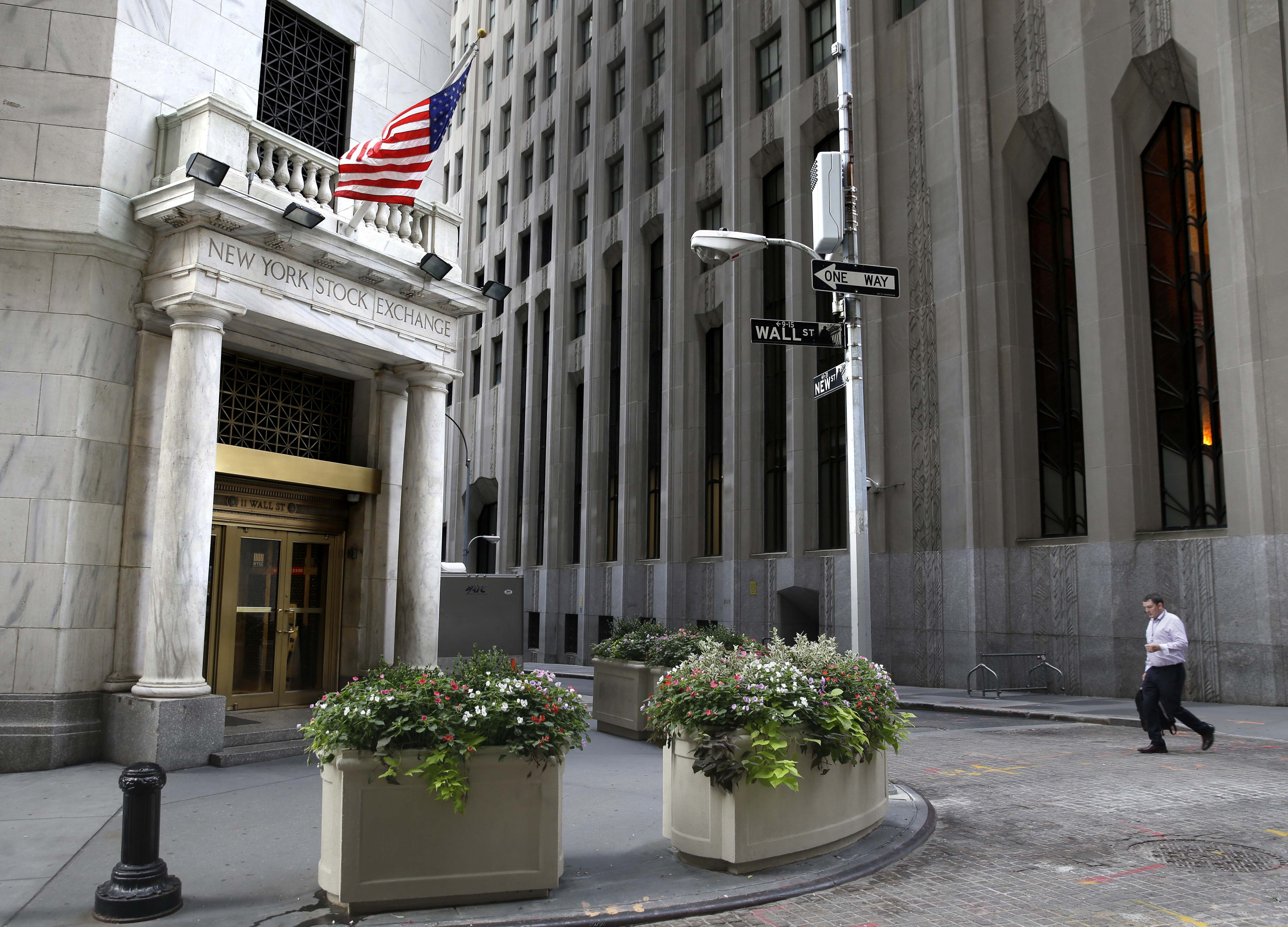 US stocks open higher; Twitter, GE among early gainers