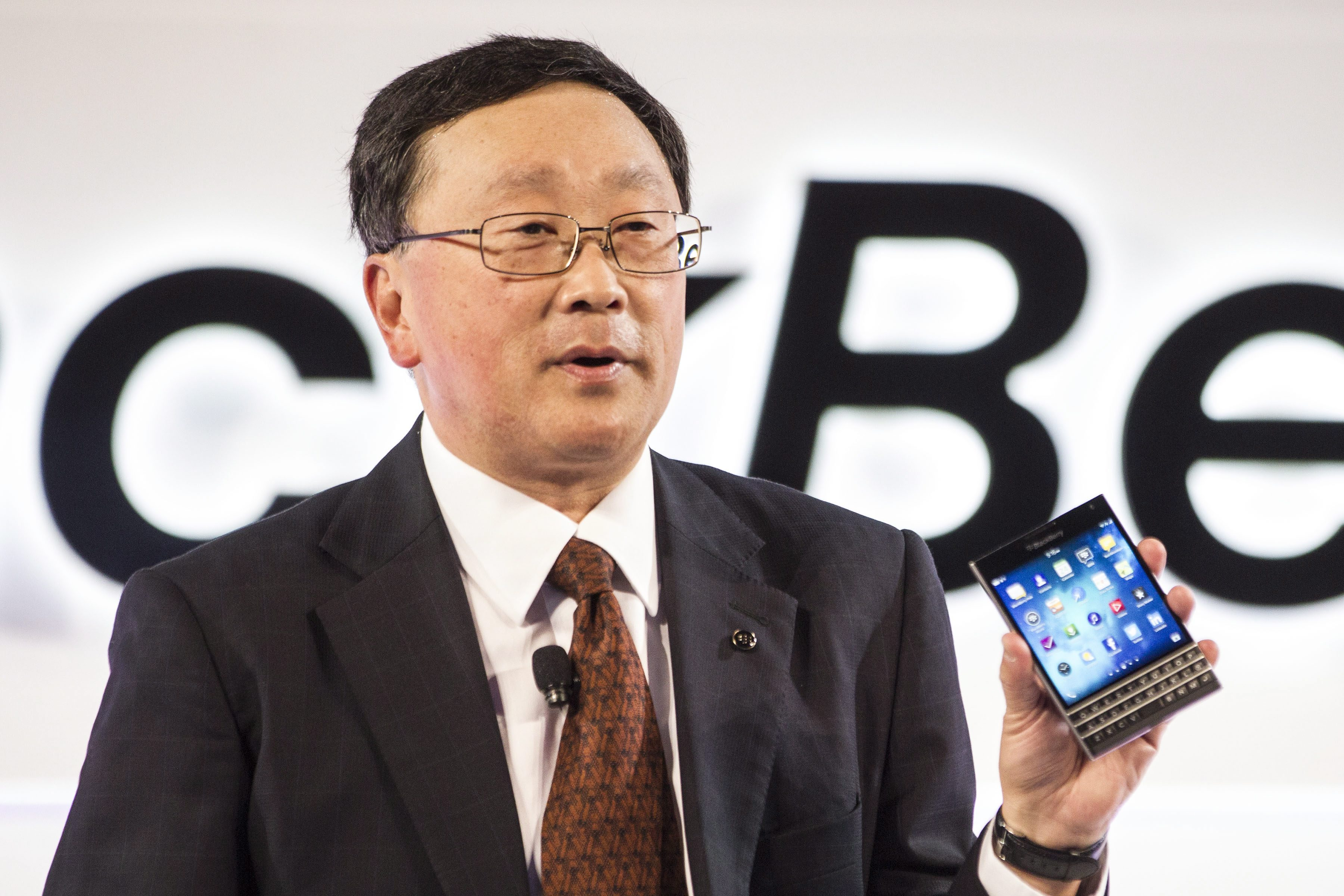 Struggling BlackBerry releases new phone