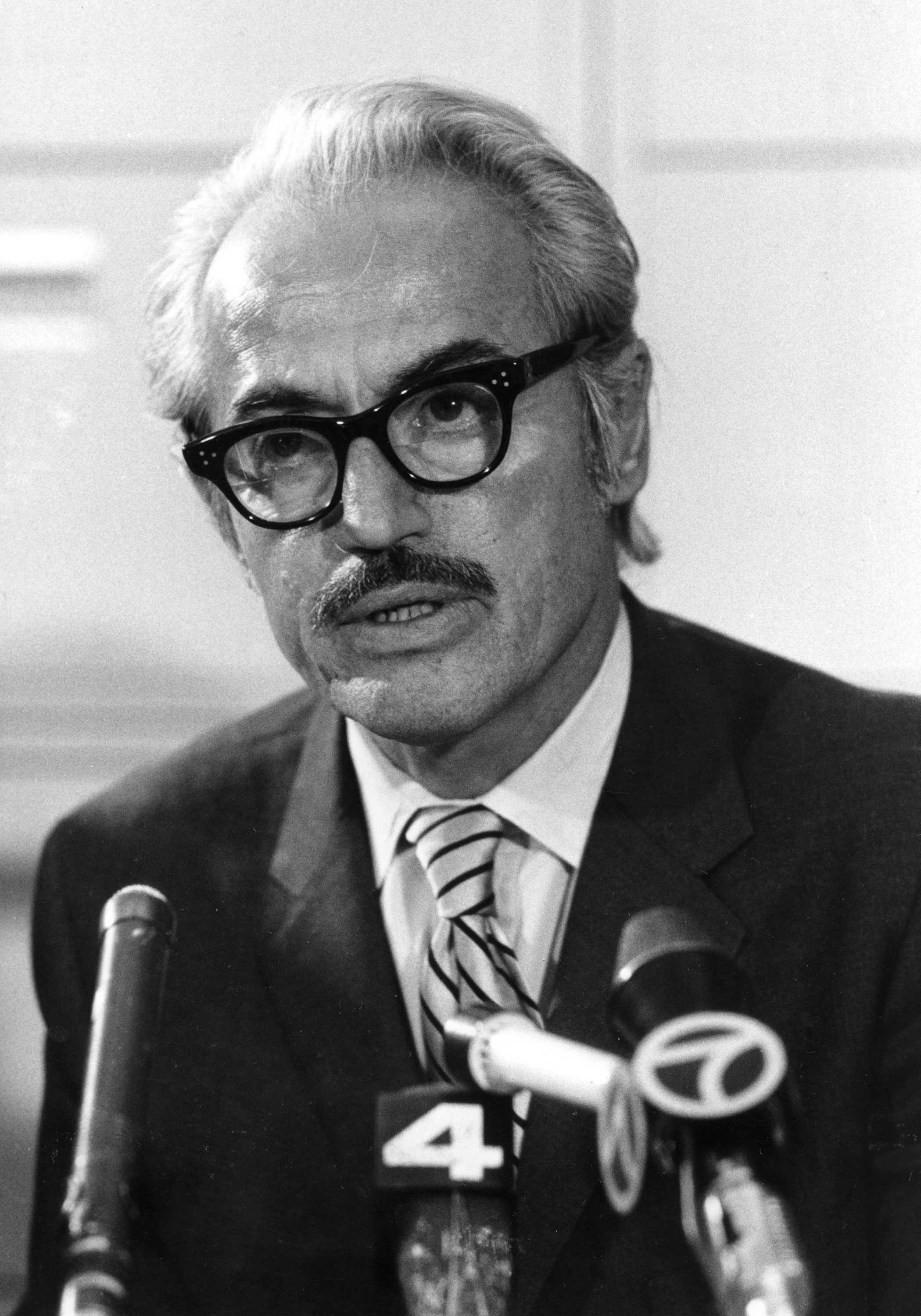 Marvin Miller, Major League Baseball's first players' union boss, died Tuesday at age 95. (AP)