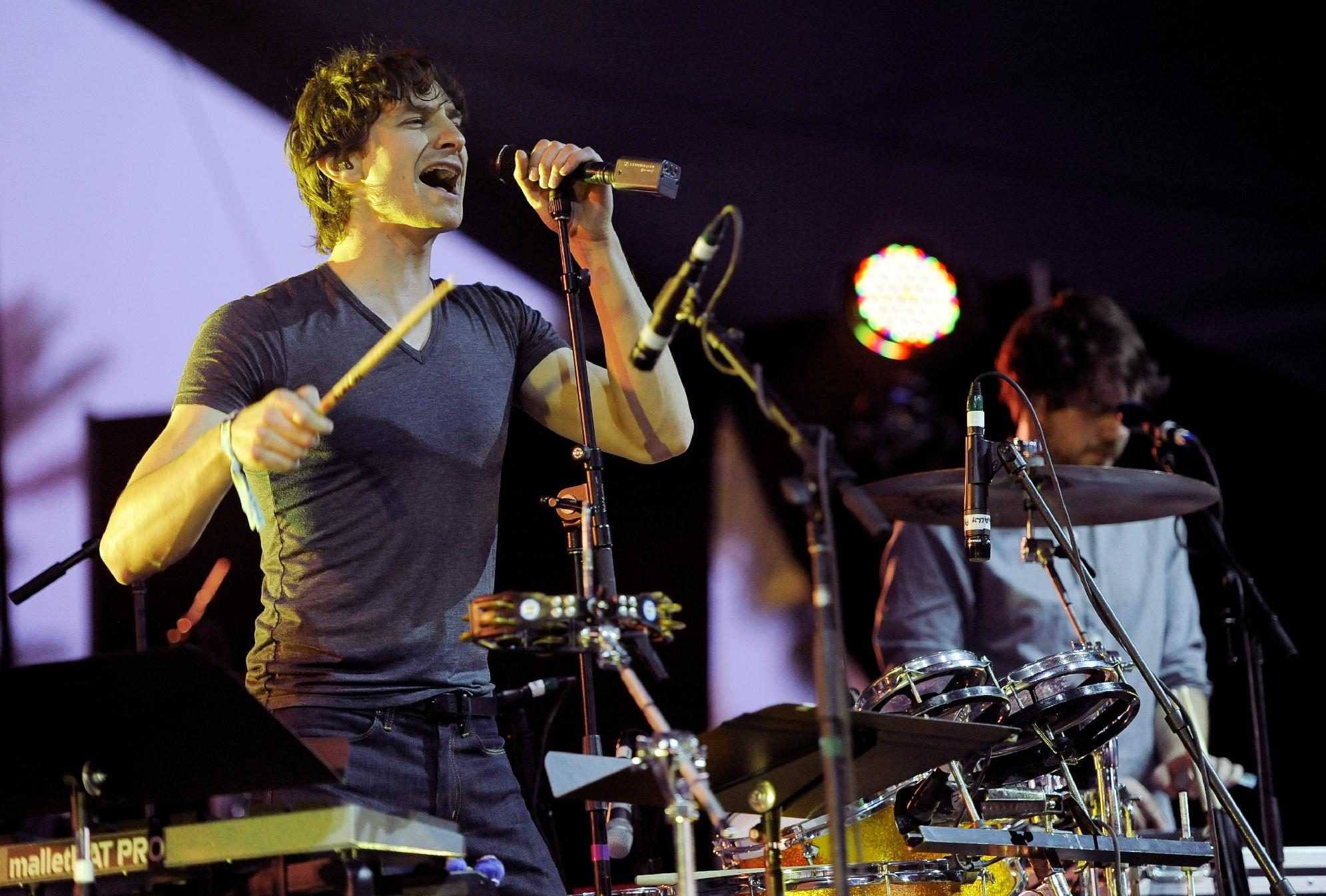"FILE - In this April 15, 2012 file photo, Australian artist Gotye performs during the first weekend of the 2012 Coachella Valley Music and Arts Festival in Indio, Calif. Gotye's smash hit ""Somebody I Used to Know"" is Spotify's top song of the year. (AP Photo/Chris Pizzello, file)"