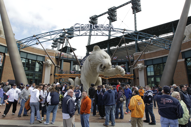 detroit bomb threat highlights stadium security