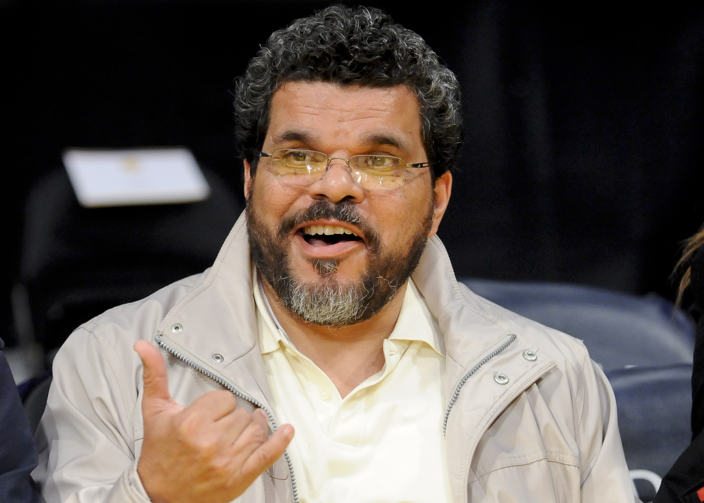 Ex-house sitter agrees to stay away from actor Luis Guzman
