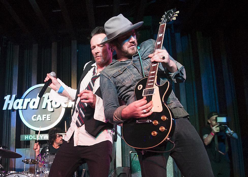 Jeremy Brown, Scott Weiland & the Wildabouts guitarist, dies