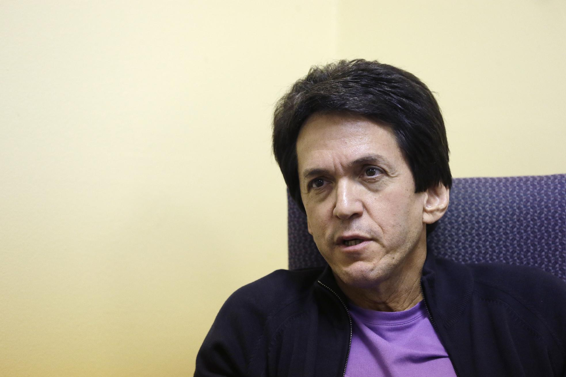 New Mitch Albom novel a story of world-famous guitarist