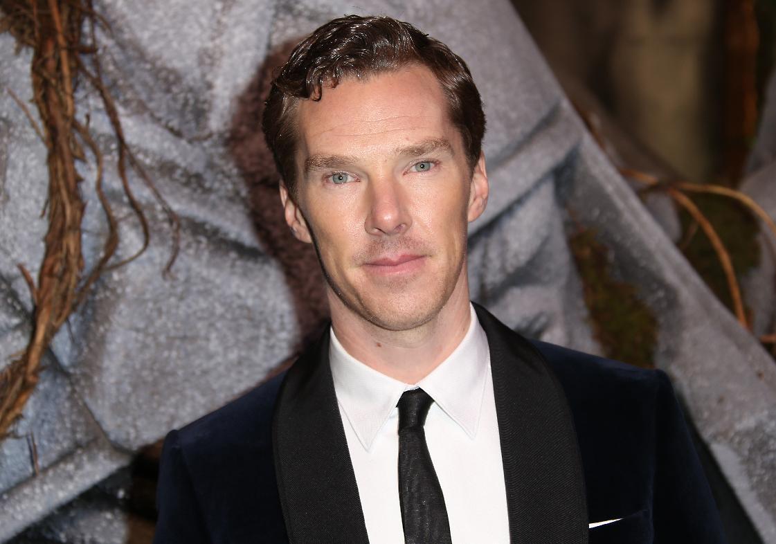 Cumberbatch, Fry, others urge UK to pardon gay men