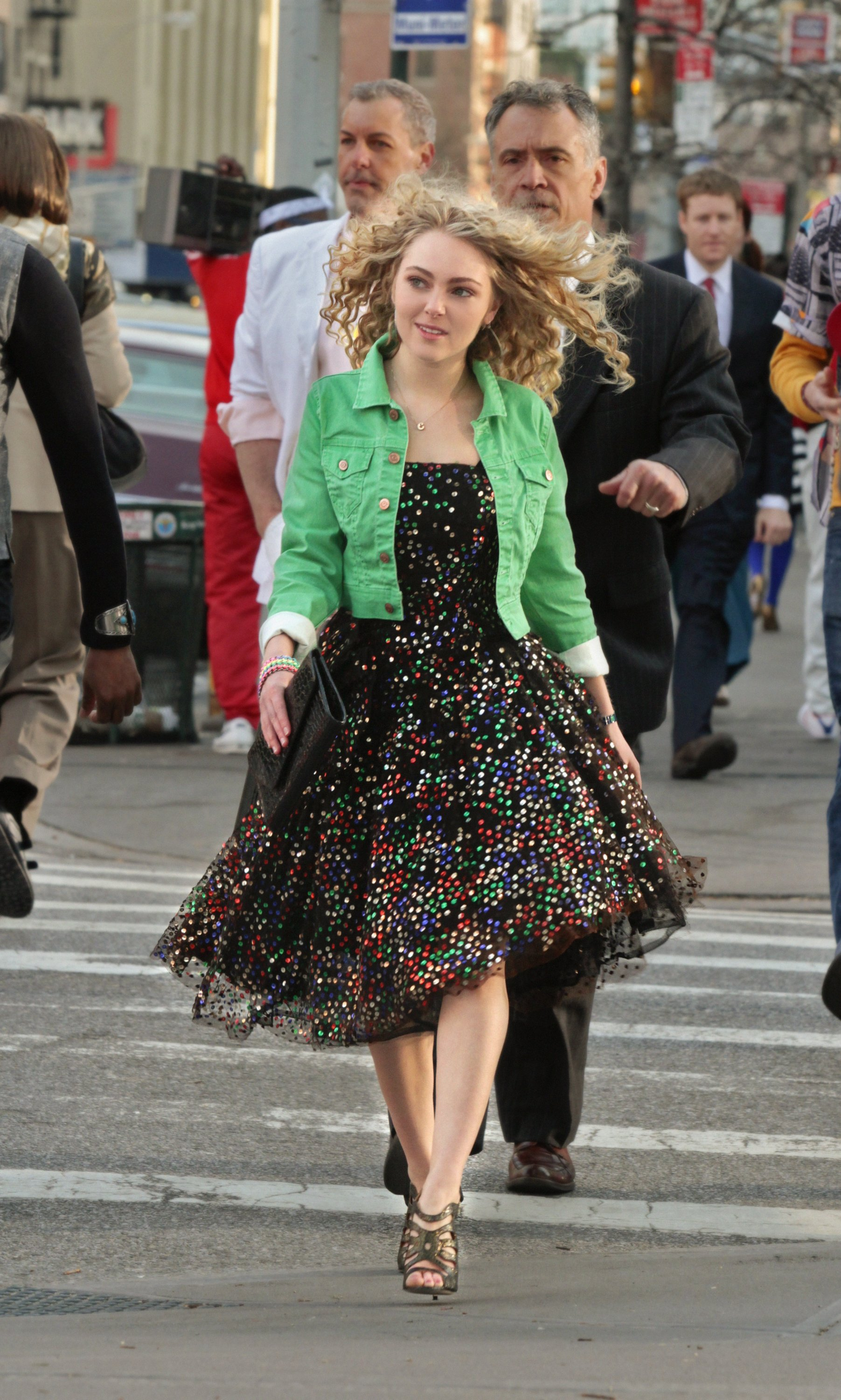 'The Carrie Diaries' vs. 'Sex and the City': Dare to compare