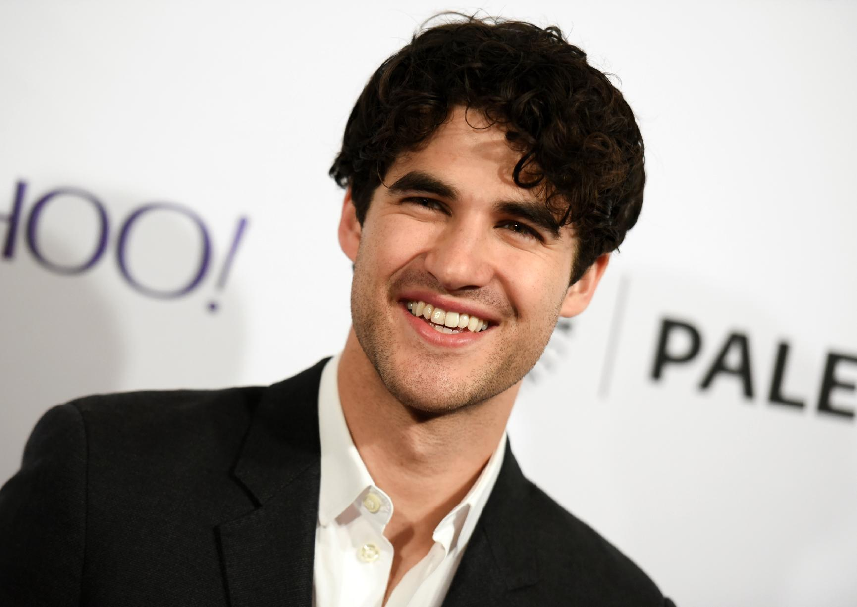 Darren Criss to host free Stars in the Alley concert May 27