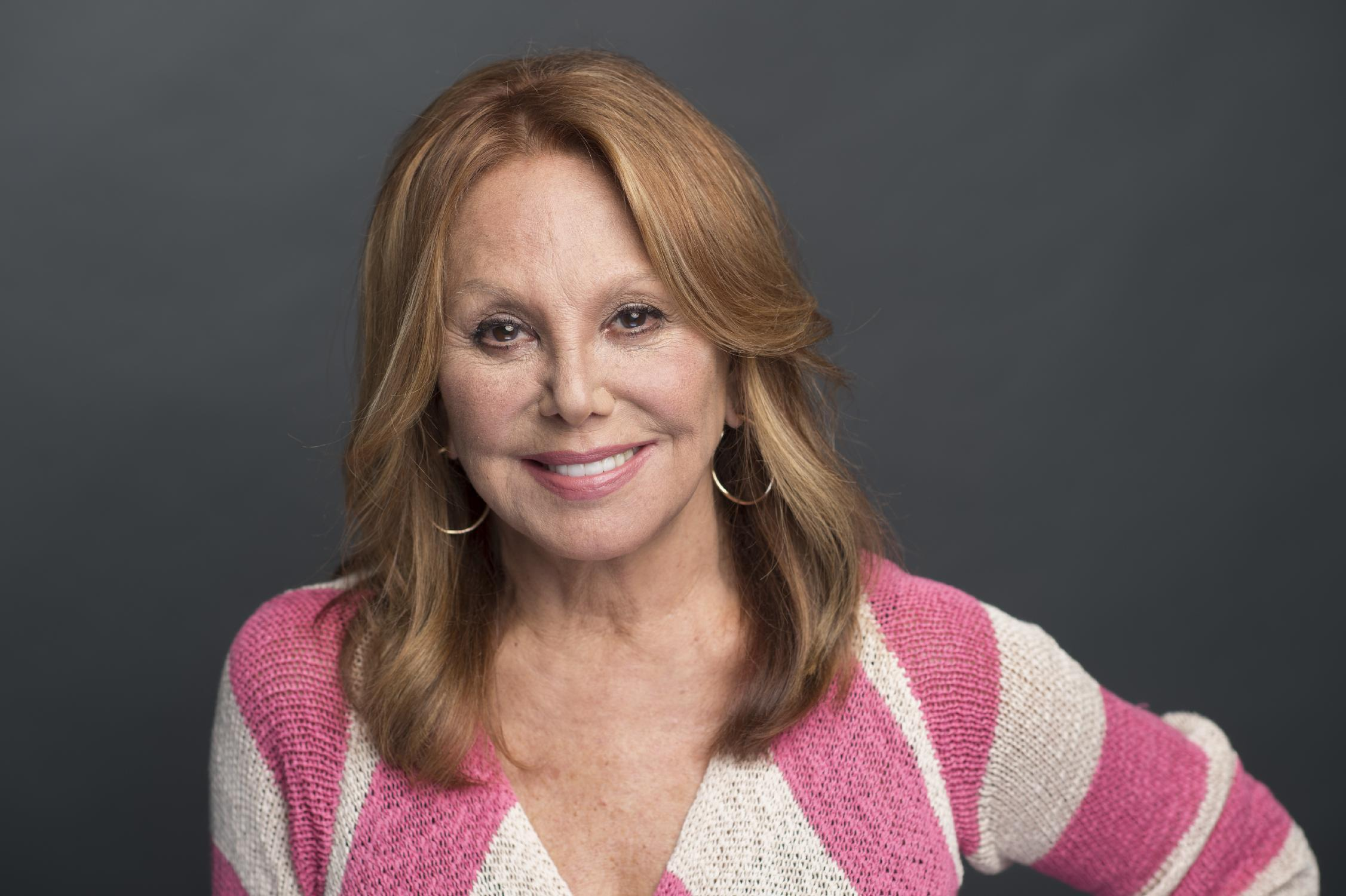 Marlo Thomas hopes change can happen from inside the closet