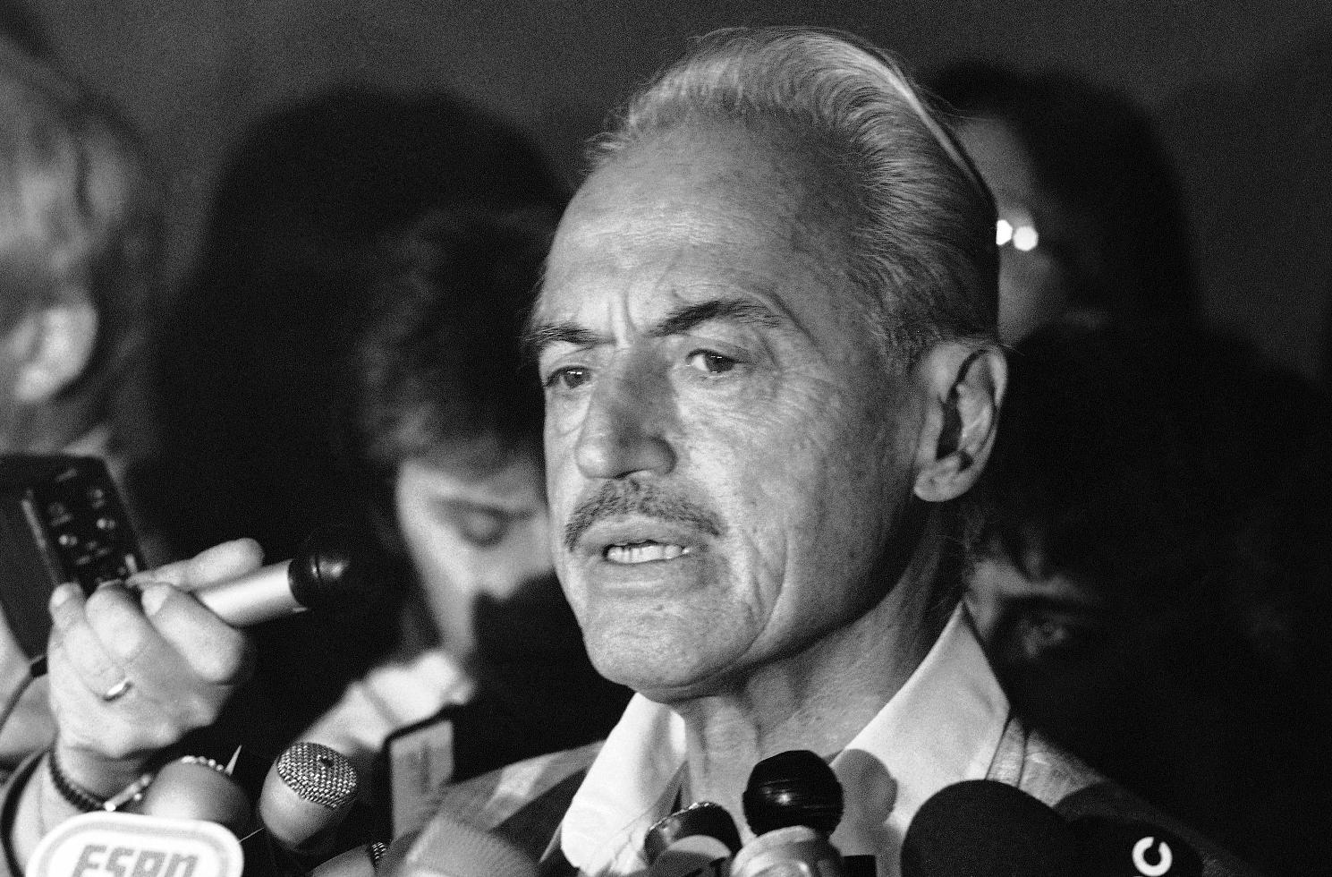 Marvin Miller led the MLBPA from 1966-1982. (AP)
