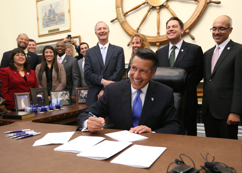Tesla's Nevada 'gigafactory' FAQs (AP Photo/Cathleen Allison)