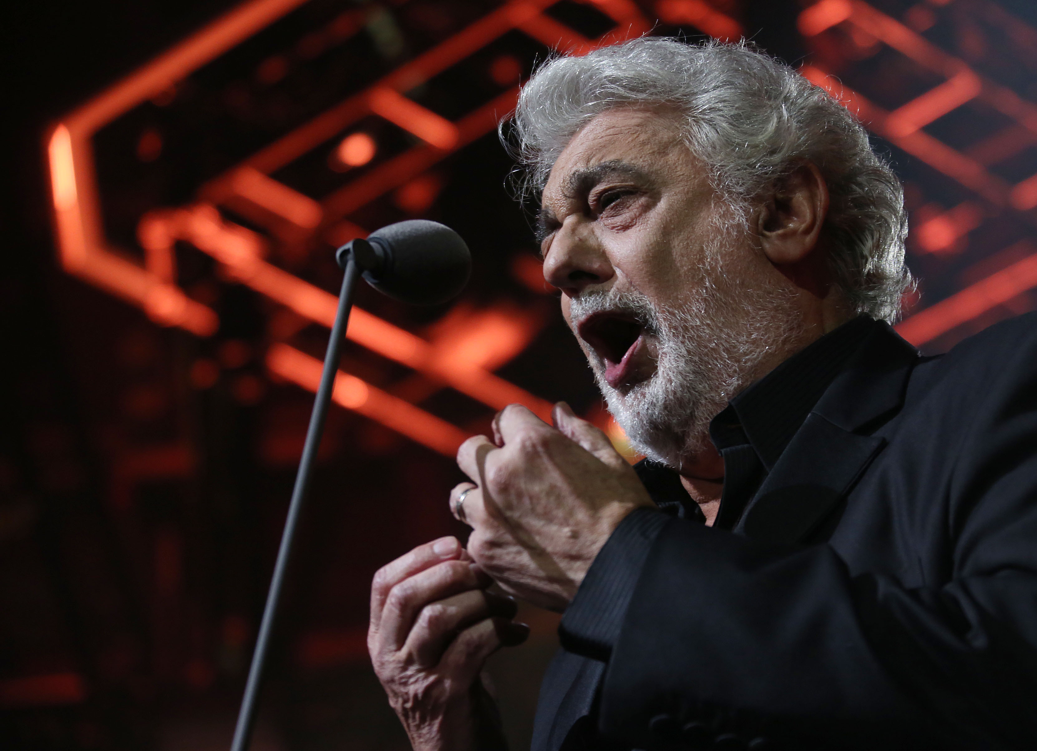 Domingo to sing in Woody Allen-directed opera in LA