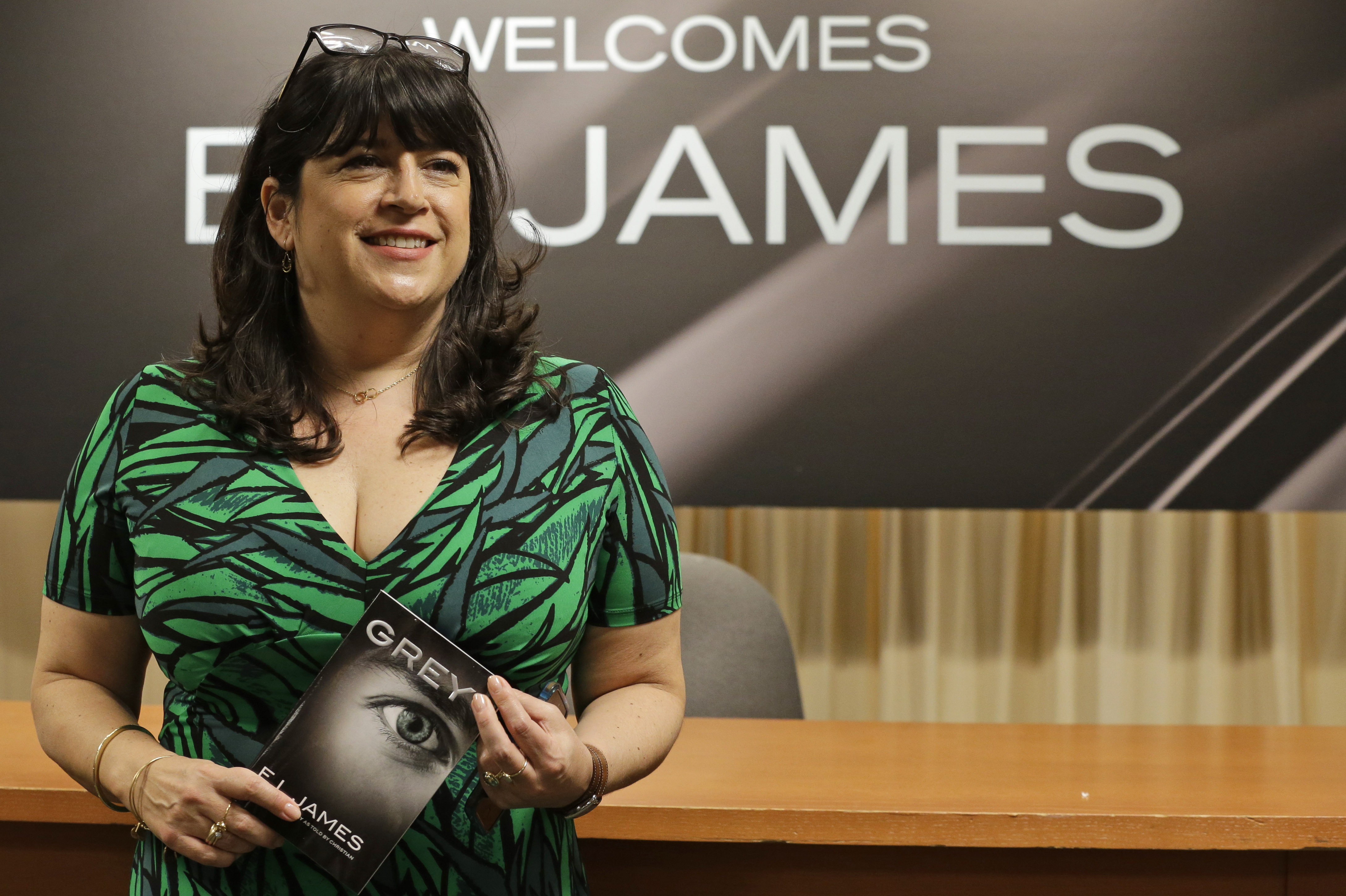 EL James takes Fifty Shades of heat on Twitter